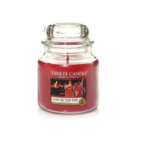 Cosy by the Fire - SŁOIK ŚREDNI Yankee Candle