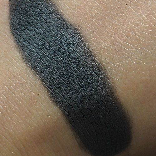 FREEDOM MAKEUP Mono Eyeshadow CIEŃ Smoke 210